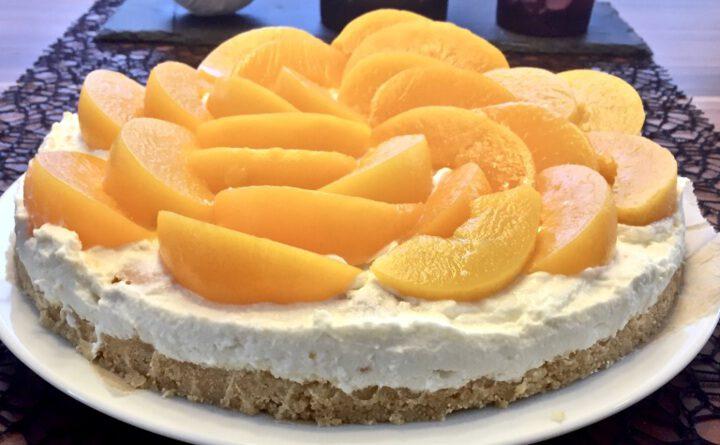 Pfirsich-Tiramisu-Torte